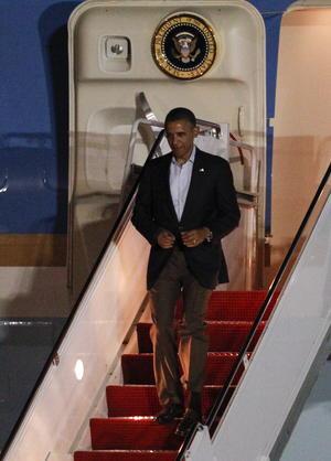 El presidente de EEUU, Barack Obama, llegó a Los Cabos procedente de Chicago, donde Obama asistió el sábado a la boda de la hija de una de sus principales asesoras, Valerie Jarrett.