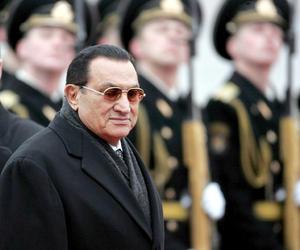 Con el comienzo de su juicio, el pasado 3 de agosto, Mubarak fue trasladado del hospital de Sharm el Sheij, en la costa del mar Rojo, al Centro Médico Internacional de El Cairo.