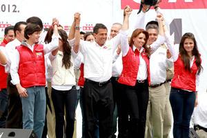 Enrique Peña Nieto, expresó su confianza en obtener el triunfo e hizo un llamado a sus contrincantes a actuar con madurez y responsabilidad, para aceptar el resultado de los comicios.
