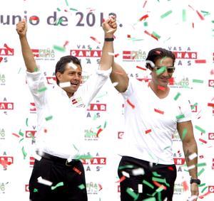 El cantante Alejandro Fernández apoyó al candidato priista.