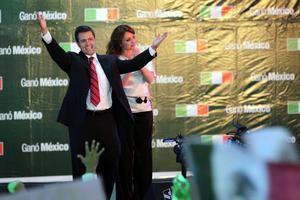 Tal y como pronosticaban los sondeos antes de las elecciones, el candidato del PRI ha logrado una cómoda victoria frente a sus rivales y a partir del próximo 1 de diciembre sucederá a Felipe Calderón en la presidencia de México.