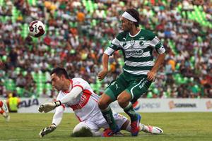 Édgar Lugo aún no termina por adaptarse al club guerrero.