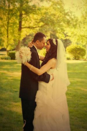 ABRIL AMÉRICA  y William Vincent contrajeron matrimonio el 20 de mayo de 2012, en punto de las 15:30 horas en la iglesia de San Patricio en la Cd. de Nueva York.