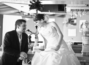 SRITA.  Anabel Aguilera Ávila y Daniel E. Ricardoo Alcázar captados el día de su boda.- Alejandra Vidal Fotografía.