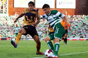 Los del Pedregal solventaron muy bien los embates de los delanteros santistas para salir con una victoria muy importante que les da tranquilidad en la Liga MX.