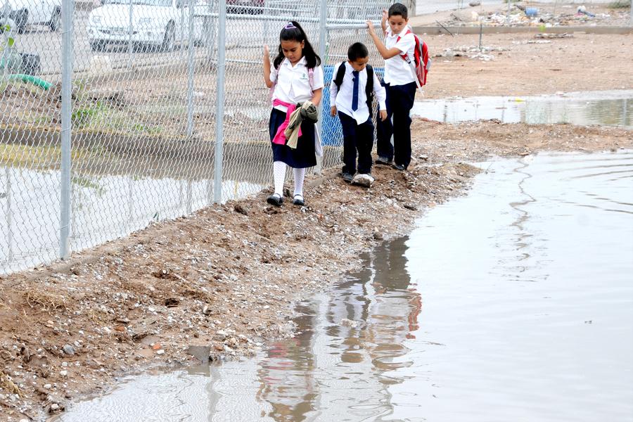 Inicia el ciclo escolar 2012 2013 en la laguna galer as for Villas universidad torreon