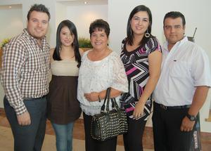 01092012 EDUARDO , Tania, María Concepción, Paty y Carlos.