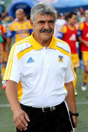 El técnico de Tigres, Ricardo Ferreti, volvió a salir con una derrota del TSM.