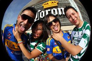 El Estadio Corona registró una asistencia oficial de 23 mil 823 aficionados.