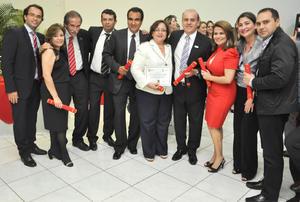 02092012 DR. JADER  Cruz (Brasil), Dra. Ivonne Matute (Honduras), Dr. Andrés Mejides (EE.UU.), Dr. Mauricio Reascos (Chile), Dr. José Cuauhtémoc Cano Enríquez (México), Dra. Julieta Venegas (Nicaragua), Dr. Renato Ximenes (Brasil), Dra. Deyanira Pereyra (Venezuela), Dra. Miriam (Nicaragua) y Dr. Ángel Pulgar Lehr (Venezuela).