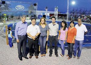 02092012 MANUEL  Romero, Guillermo Contreras, Paulette de Romero, Claudio David Martínez, Selene Vera, Chepis de Pérez y Raúl Pérez.