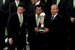 El presidente Felipe Calderón comentó que durante su sexenio le tocó ver ganar el Campeonato Mundial Sub-17, la medalla de oro de los Juegos Panamericanos Guadalajara 2011 y la de Londres.