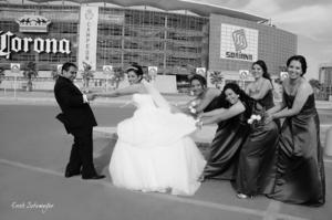 SRITA. Mayra Viviana Fraire Cardiel e Ing. Carlos Gildardo Magallanes Bocanegra, el día de su enlace nupcial.- Érick Sotomayor Fotografía