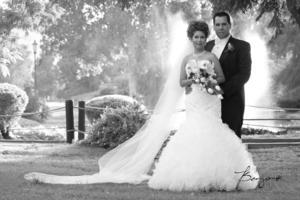 EMILY PAULINE Leyva Valenzuela y Jorge Ernesto González Silva, captados el día de su boda.- Benjamín Fotografía