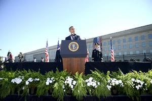 El presidente Barack Obama asistió a la ceremonia del Pentágono y el vicepresidente Joe Biden hablará en Pensilvania.