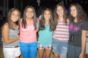 09092012 ANDREA,  Margarita, Luisa, Claudia, Gio y Valeria.