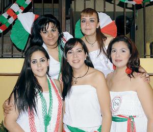 09092012 VIVY , Alma, Vicky, Iris y Carolina.
