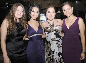 11092012 JAQUELINE  Mercado, Marisol de Villa, Marisol Rangel y Ari Cabral.