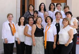 12092012 SOCIAS  del Club de Jardinería Jardín realizaron su Exposición Floral Estándar en Cacto.