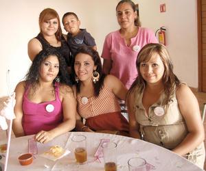 12092012 CECI , un pequeñito, Teresa, Yajaira, Brenda y Berenice.