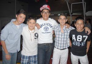 12092012 EN NOVATADA.  Arturo, Juan Carlos, Benja, Quique y Juan Pablo.