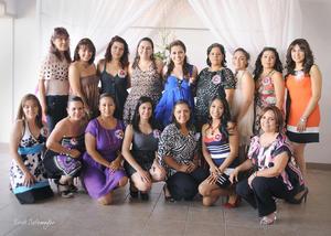 16092012 FAMILIARES Y AMIGAS  se reunieron con Marisol para felicitarla por su próximo enlace con el Sr.