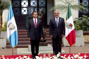 El presidente electo de México, Enrique Peña Nieto, llegó hoy a Guatemala, la primera escala de la gira de trabajo que realizará por América Latina