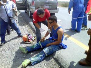 Un trabajador que fue atendido por paramédicos dijo que en la planta de PEP siniestrada trabajaban al menos 700 personas.