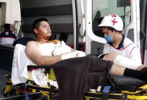 Al lugar acudieron elementos de Protección Civil, Ejército, bomberos y cuerpos de rescate, quienes trasladaron a los lesionados a diversos hospitales de Reynosa.