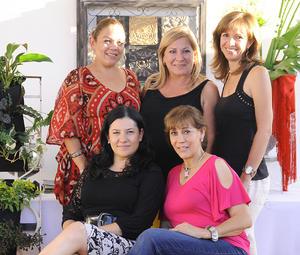 20092012 PATY , Rosy, Clarisa, Juanita y Tere, se lucieron como anfitrionas.