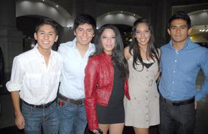 21092012 LUIS , Orlando, Liza, Mari G y Noé.