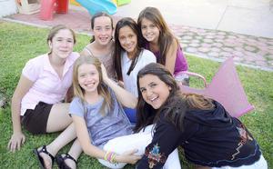 24092012 REGINA , Sofi, Marijose, Ana, Karina e Isabel.