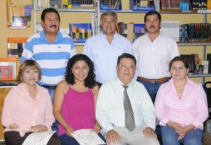 23092012 RECONOCIMIENTO.  Maestros de secundaria: Adan Méndez, Juan Manuel Velázquez, Luis Humberto, Sandra Luz Martínez, Yuriria González, José Ramón Ocón y María Luz Ramos.