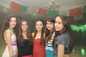 27092012 DE FIESTA.  Alondra Betancourt, Ana Aguirre, Valeria Mier, Luisa M