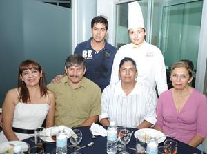 27092012 ARMANDO  Báez, Martha Esperanza, Stephanie García, Armando Báez Pimentel, Lucía García y Sandra Pimentel Álvarez.