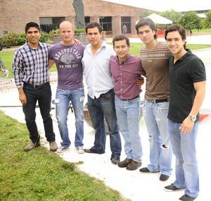 30092012 AARóN,  Yenis, Luis Cruz, David Escalera, Luis Serna, José A. Flores y Gerardo.