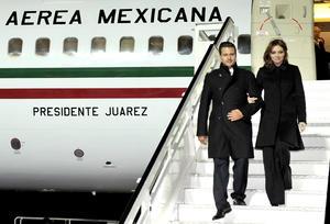 El presidente electo de México, Enrique Peña Nieto, arribó Alemania en donde comienza su segunda gira internacional, con la que busca consolidar relaciones multilaterales con los países del viejo continente que programa visitar.
