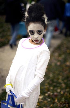 Tras el paso de 'Sandy', niños de Estados Unidos salieron a las calles a celebrar y pedir dulces.