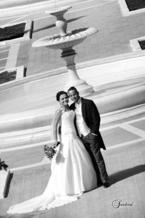 CLAUDIA ELENA Castruita Madinaveitia y José Antonio Silva Segovia, el día que unieron sus vidas en matrimonio.- Sandoval Fotografía