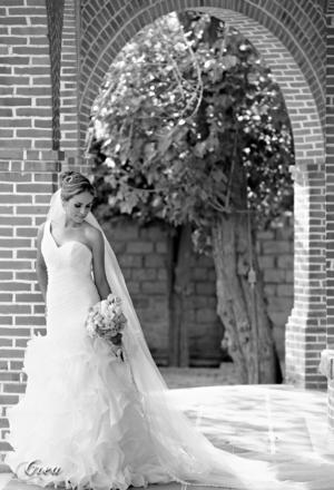 SRITA. GLORIA CRISTINA Morán Meraz el día de su boda con Gerardo de Jesús Estrada Hernández.- CREA Fotografía