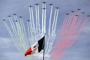 Surcaron el espacio aéreo aviones interceptores de la Fuerza Aérea Mexicana.