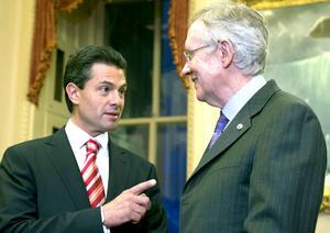 Peña Nieto también se reunió con el líder de la mayoría demócrata en el Senado, Harry Reid.