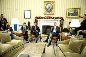 El presidente de EU, Barack Obama, y el presidente electo de México, el priista Enrique Peña Nieto, se comprometieron a estrechar tanto la integración económica de ambos países como la cooperación bilateral para reducir la violencia y fortalecer la frontera común.