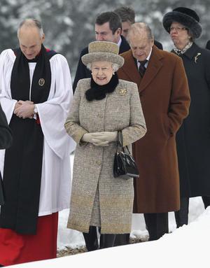 6 de febrero. Reino Unido | La reina Isabel II cumplió el sexagésimo aniversario de su ascenso al trono y el Reino Unido. A sus 85 años, la Reina se convirtió en la soberana británica que más tiempo ha estado en el trono después de la reina Victoria, que fue monarca durante 63 años.