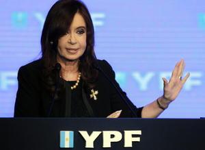 17 de abril. Argentina | El gobierno de Argentina inició la expropiación de la petrolera privada YPF que era propiedad de la empresa española Repsol, con lo que provocó un conflicto entre ambos países.