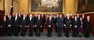 Peña Nieto advirtió que como funcionarios del Gobierno de la República serán responsables de preservar la gobernabilidad y la seguridad interior del país.