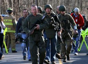El tiroteo al parecer es el segundo mas mortífero en una institución educativa, superado sólo por la masacre del Virginia Tech en 2007.