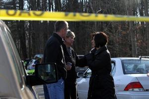 El tiroteo ocurrió a primera hora de la mañana, poco tiempo después del comienzo de las clases, en la escuela Sandy Hook de Newtown, Connecticut.
