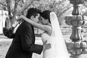 ING. Sergio Arturo Martínez García y Lic. Laura Iveth Wong Morales, el día de su enlace matrimonial.- David Lack Fotografía