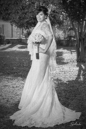 NANCY JULIETA García Casas el día de su boda con el Sr. Luis Rayanari Santiago Nevárez.- Sepúlveda Fotografía